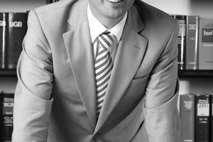 """<div class=""""Bildtext"""">Dr. Harald Scholz, Rechtsanwalt und Fachanwalt für Bau- und Architektenrecht, Hamm (Westfalen) </div>"""