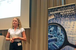 Adeline Wagner, Clage GmbH, referierte über die energieeffiziente Warmwasserversorgung.