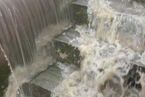 Abflusswirksame Flächen zum Gebäude sind Risikofaktoren