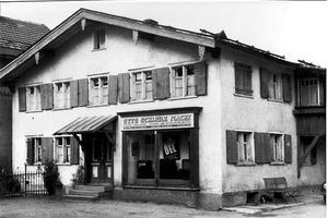 Mit dem Ziel, Installationsprozesse zu vereinfachen und zu beschleunigen, gründete Johann Wilfer 1957 einen Handwerksbetrieb in Isny.