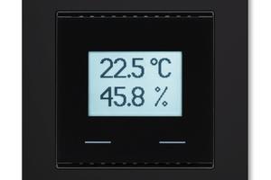 Ausführung mit Anzeige und Touch-Tasten für die Einstellung der Raumtemperatur.<br />
