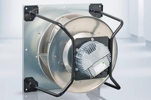 """Im RLT-Gerät für die Hochschule Esslingen ist u.a. ein Radialventilator """"RadiPac"""" mit Aluminium-Hohlprofil-Schaufeln von ebm-papst verbaut."""