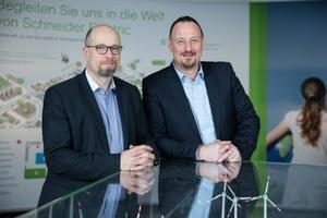 Markus Hettig (links)  und Udo Hoffmann leiten den Geschäftsbereich Building von Schneider Electric als Doppelspitze.   Foto: Schneider Electric