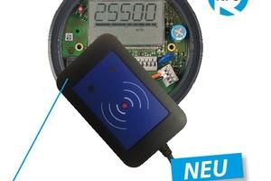 Mit einem kleinen NFC-Lesegerät werden alle Daten entweder eingelesen oder ausgelesen