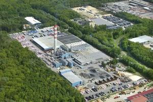 Rockwool baut im Werk Neuburg eine neue, hochmoderne Produktionslinie, die ab dem 2. Quartal 2020 Dämmstoffe für Fassade und Flachdach liefern wird.   Foto: Deutsche Rockwool GmbH & Co. KG