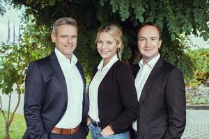 Gemeinsam mit Annika Klink (2.v.l.), zuständig für das Veranstaltungsmanagement, und Schulungsleiter Stephan Schreck (3.v.l.) kümmert sich Andreas Molitor (1.v.l.) seit Januar um die Kundenentwicklung. Foto: Kessel