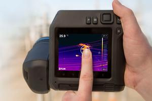 """Mit """"1-Touch Level/Span"""" können sich Thermografen gezielt auf Probleme und Details konzentrieren, die für sie wichtig sind."""