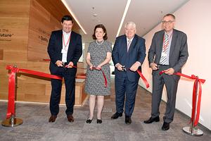 Jürgen Fischer (Präsident Danfoss Cooling), Annette Clausen, Jørgen M. Clausen,   Ole Møller-Jensen (Präsident Danfoss Central Europe Region) (v.l.n.r.)