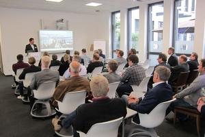 Im April 2018 eröffnete die Kessel AG ihr neues Kundenforum in Dortmund. Alexander Kessel, Vorstand Vertrieb, Marketing und Personal begrüßte die 50 Architekten, Planer, Installateure sowie Vertreter von Innungen, Berufsschulen und Behörden. Foto: Kessel AG
