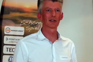 Christoph, Brauneis, Chefredakteur der tab, begrüßte die Teilnehmer des 2. TGA-Golfevent in Bayreuth.