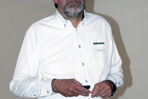 Gerd Krüger warb für die Befestigungstechnik von Walraven.