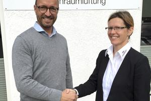 Geschäftsführerin Annett Wettig freut sich, dass Sebastian Strecker als Vertriebsgebietsleiter inVENTer Nord leiten wird. Foto: inVENTer GmbH
