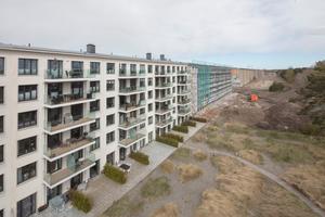 ... wird der 2,5 km lange Gebäudekomplex erneut zu einem Ferienkomplex, allerdings mit deutlich hochwertigerer Ausstattung.