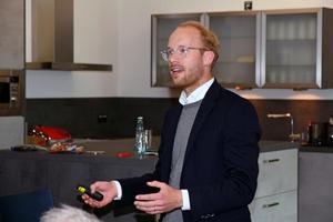 """Maximilian Viessmann bei seinem Vortrag zum Thema """"Digitalisierung & Energiewende"""""""