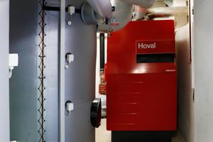Gas-Brennwertkessel für die Spitzenlastabdeckung und einer von insgesamt zehn Speichern