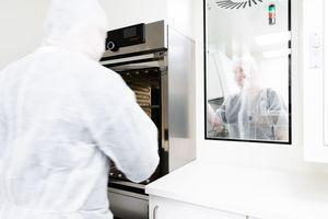 ... den Ausbau des Herstellungsbereichs für Zytostatika und sterile Herstellungsformen sowie des Unit-Dose-Bereichs.  Foto: WISAG Industrie Service Gruppe