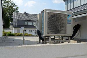 Gewinner Kategorie Wärmepumpe: Neubauobjekt eines freistehenden Einfamilienhauses mit R32-Wärmepumpe