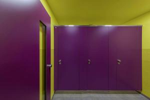 """WC-Trennwandsystem """"Primo"""" in Sonderfarbe Lila U 17 503 VV"""