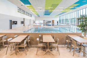 Gastronomiebereich in der Schwimmhalle