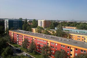 Die 50 Jahre alte Wohnanlage in München mit 675 Wohnungen erhält künftig Fernwärme.