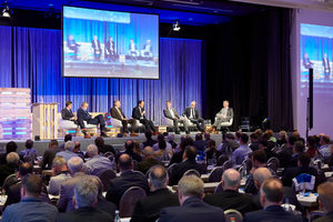 """Auf der Podiumsdiskussion steht das Thema """"Energieeffizienz als Baukostentreiber?"""" auf der Agenda."""