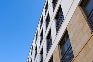 In dem Gebäudeensemble entstehen über 100 barrierefrei erschlossene Wohnungen mit Wohnflächen von 56 bis 276 m<sup>2</sup>.