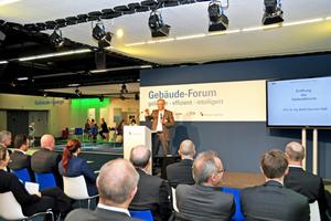 Professor Dr.-Ing. Martin Neumann MdB, energiepolitischer Sprecher der FDP-Bundestagsfraktion, eröffnet das Gebäude-Forum auf der ISH 2019.