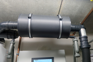 Für das BHKW wurde vorsorglich ein Absorptionsschalldämpfer in DN 80 eingebaut.