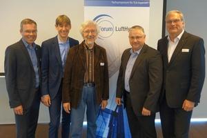 Die Referenten des Forum Lufthygiene (v.l.n.r.): Olaf Kruse (Rehau AG + Co), Holger Lasch (Condair GmbH), Dr. Rudolf Rabe (Hygiene Akademie), Alexander Schreiber (Rehau AG + Co) und Dr. Jürgen Röben (Trox GmbH)