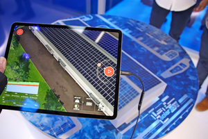 Bei SolarEdge lockte eine Augmented Reality-Präsentation an.