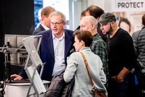 Zahlreiche Produktinnovationen und Live-Vorführungen locken ein interessiertes Fachpublikum in die Koelnmesse.
