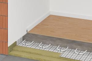 """Die """"Floorrock Heat""""-Bodendämmplatte bildet als Verbundprodukt drei Funktionsschichten ab. Die nichtbrennbaren Steinwolle-Dämmplatten bieten eine hervorragende Trittschalldämmung und dienen zugleich als Abdichtungs- und Befestigungslage. Als Höhenausgleich unter schwimmendem Estrich ist die Verlegung der druckfesten Ausgleichsdämmplatte """"Floorrock AP"""" unter der """"Floorrock Heat"""" möglich.<br />"""
