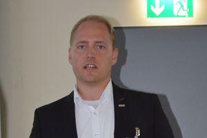 Michael Ricke von Oventrop informierte über die Ventiltechnik in kombinierten Heiz- und Kühlsystemen.