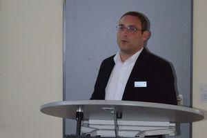 Michael Herr von Zehnderr eeferierte zu Heiz- und Kühldeckensystemen<br />