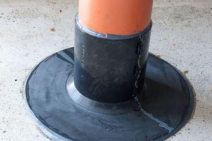 Der Düker-Dichtflansch schwarz für Dachdurchführungen<br />