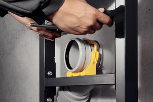 """Das """"Prevista Dry WC""""-Element ist serienmäßig um 6 cm höhenverstellbar. So kann nach der Montage des Vorwandelements die Höhe des WCs individuell nach Kundenwunsch angepasst werden.<br />"""