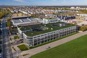 Seit Mai 2020 wird die Büroimmobilie Hatrium vollständig mit Geothermie versorgt.