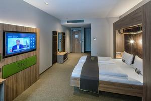 Blick in ein Hotelzimmer des Riku-Hotels in Ulm