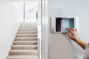 ... nimmt schnell zu vergessende Aufgaben ab, unterstützt die Energieeffizienz und berücksichtigt die Sicherheitsaspekte.