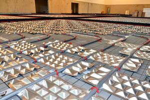 Leitungen mit 20 mm Durchmesser und ein Verlegeabstand von 280 mm helfen, Material zu sparen – ...