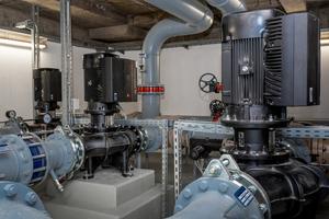 """Kühlwasservorläufe mit Inline-Pumpen """"TPE 200/190"""" und """"TPE 150-170"""" mit integriertem Frequenzumrichter"""