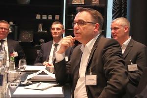 Jörg Schlätker und Roman Rudsinski (MTF), Andreas Gelbke und Marcel Oligschläger (LG Electronics)