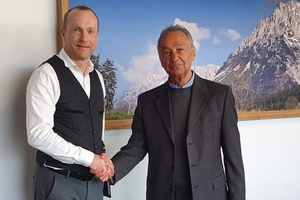 Andreas Ziegler, geschäftsführender Gesellschafter Zewotherm (links) und Helmut Siegmund, Gesellschafter der EHT Siegmund