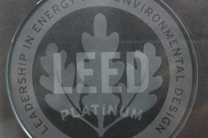 Der neue Firmensitz von Mitsubishi Electric in Ratingen wurde mit der LEED-Zertifizierung in Platin ausgezeichnet.