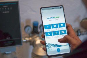 """Die """"my perma-trade""""-App bietet praktische Arbeitserleichterungen. Dank ihr lassen sich einfach und übersichtlich per Fingertipp Produkte registrieren und verwalten, Produktinfos abrufen, Garantien verlängern oder Dimensionierungshilfen nutzen."""