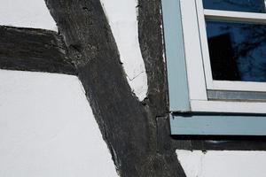 """""""Fachwerkhäuser sind ein geplanter Baumangel"""", so der Gebäudediagnostiker Udo Kaiser. Aber: """"Damit kann man umgehen, wenn sie behutsam und in Kenntnis von Konstruktion und Materialien saniert werden."""""""