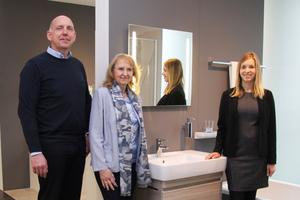 Michael Schröder, Renate Schnock und Tina Neuber (Produktmanagement Keramik) standen der tab-Redaktion im Geberit-Kundencenter in Ratingen Rede und Antwort.