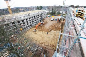 Auf einem rund 6.000 m² großen Terrain errichtet Gundlach als Bauträger aktuell in Hannover zwei hochwertig ausgestattete Mehrfamilienhäuser mit insgesamt 47 Wohnungen.