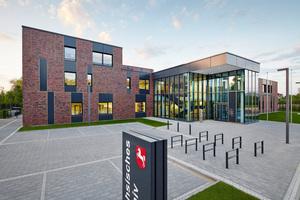Der Neubau des Magazin- und Verwaltungsgebäudes ist zur Aufbewahrung von Grundbüchern und -akten für Nordostniedersachsen und Hamburg entstanden.