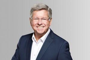 ... Dirk Lückemann, der sich in den Ruhestand verabschiedet.